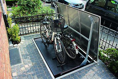 perfektes fahrradversteck. Black Bedroom Furniture Sets. Home Design Ideas
