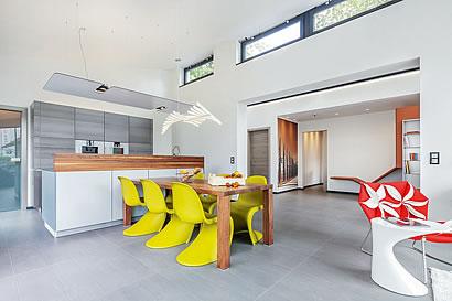 wohnen in moderner loft architektur. Black Bedroom Furniture Sets. Home Design Ideas