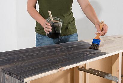 holzm bel farbig und nat rlich gestalten. Black Bedroom Furniture Sets. Home Design Ideas