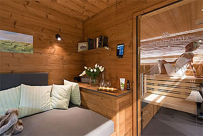 oase f r den eigenen garten. Black Bedroom Furniture Sets. Home Design Ideas