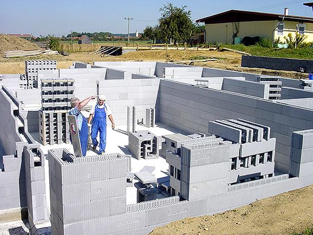 Bekannt Leicht und energiebewusst bauen - bauen.com CZ12