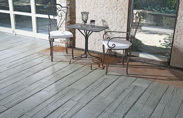 Stein Holz Terrasse holz oder stein beides