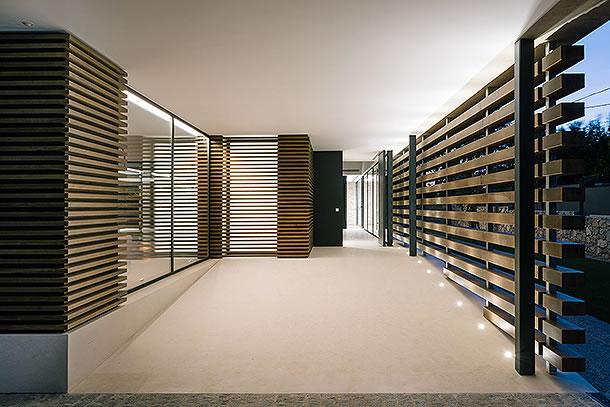 Moderne luxusvilla for Luxusvilla bauen