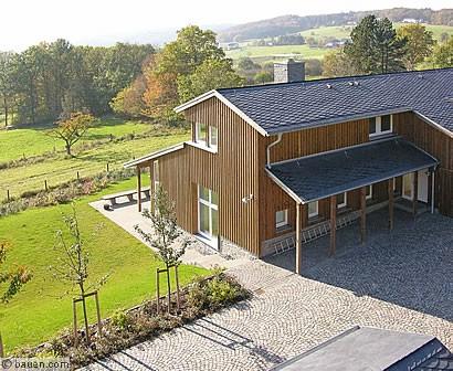 Haus mit eifelblick planung hausbau bauweisen rohbau for Hausbau bilder