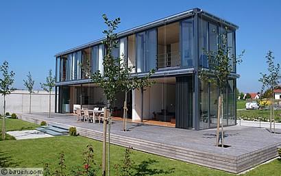 Natur Ins Haus Lassen Wird Faltbare Glasfassade Geöffnet Verschmilzt Der Wohnbereich Mit
