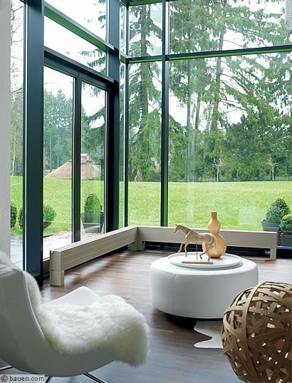 heizk rper f r glasarchitektur. Black Bedroom Furniture Sets. Home Design Ideas