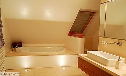 es werde licht im bad. Black Bedroom Furniture Sets. Home Design Ideas