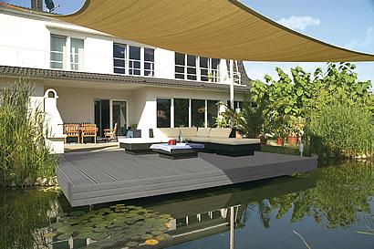 terrasse im gro en rahmen. Black Bedroom Furniture Sets. Home Design Ideas
