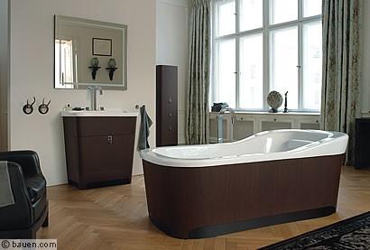 das bad opulenz neu interpretiert. Black Bedroom Furniture Sets. Home Design Ideas