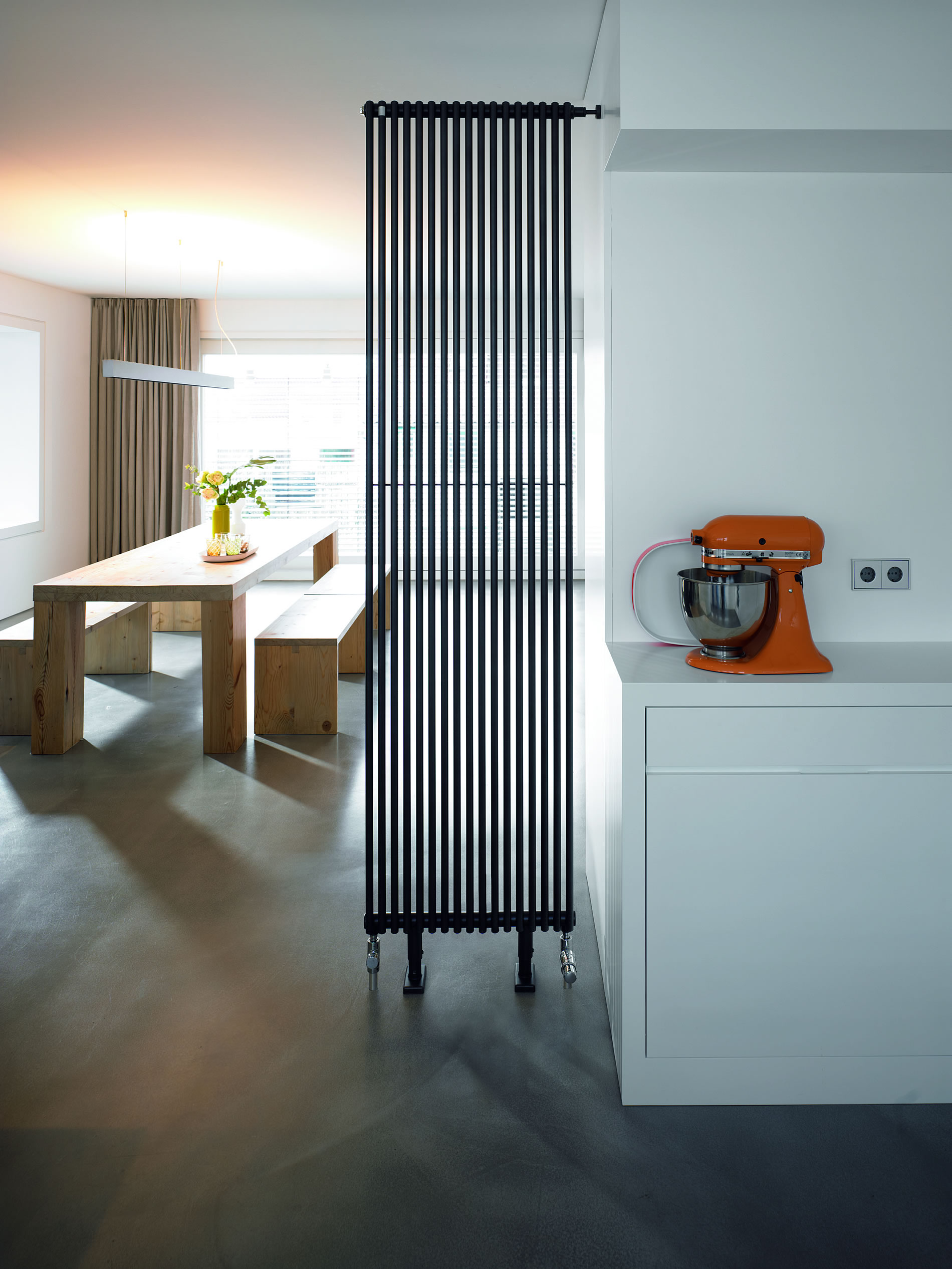 galerien heizk rper sonderformen zehnder. Black Bedroom Furniture Sets. Home Design Ideas