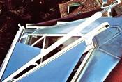Eine der wirksamsten Arten der Verschattung im Dachgeschoss: steuerbare Außenmarkise. Foto: Somfy