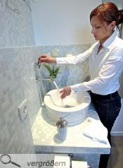 klein aber fein g ste wc bad badezimmer dusche und whirlpool ausbau innenausbau. Black Bedroom Furniture Sets. Home Design Ideas