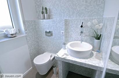 Klein aber fein g ste wc bad badezimmer dusche und whirlpool ausbau innenausbau - Badezimmer ausbau ...