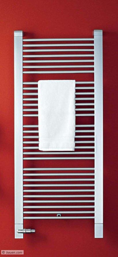 Heizkörper, die auch Ihre Handtücher gut aufnehmen, werden immer effizienter und immer schicker. Foto: Kermi