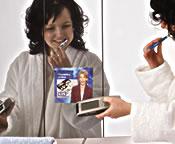 Nie mehr die Nachrichten verpassen: Das TV im Badezimmerspiegel schließt Informationslücken. - Foto: Nicol-Möbel