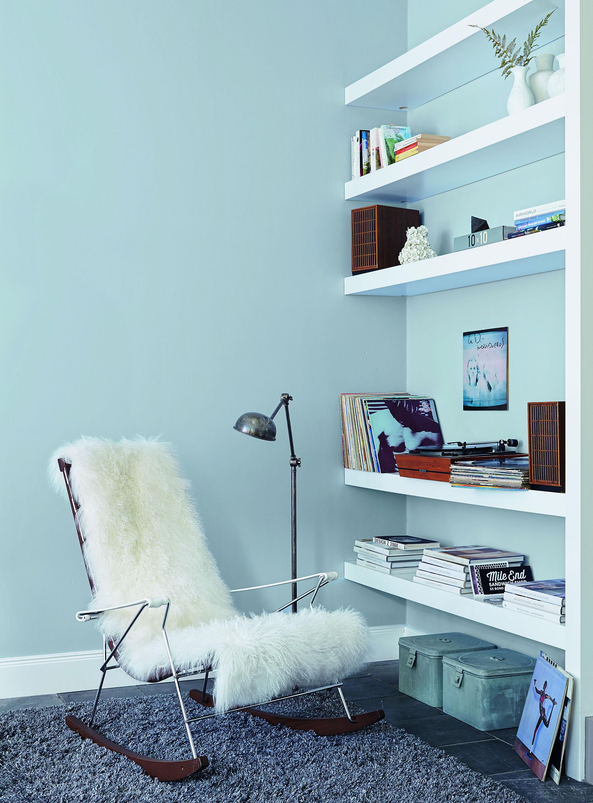 wohnen wie im hohen norden skandinavisches flair einfach an die wand streichen. Black Bedroom Furniture Sets. Home Design Ideas