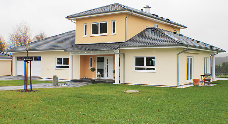 Homestory 898 von lehner haus gmbh for Haus bauen muster